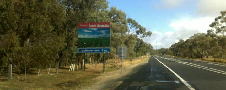 adelaide-to-moranbah-with- Route Bild